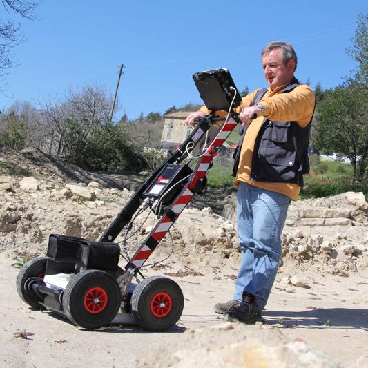 Indagini GPR per la localizzazione di oggetti sepolti – ARCHEORADAR (Montagano, 2013)